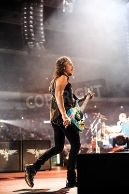 Affisch 24 April, 2010 - Moskva, Ryssland - amerikanskt rockband Metallica utföra live på Olimpiysky stadion.