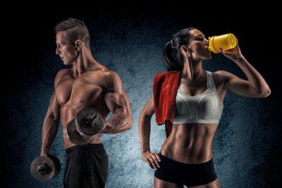 Affisch Atletisk man och kvinna med hantlar.