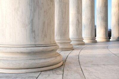Affisch Bas av joniska kolonner på Jefferson Memorial i Washington DC