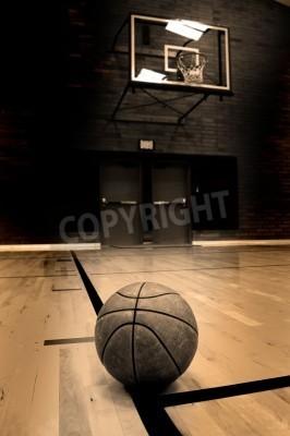 Affisch Basket på banan med bågen i bakgrunden
