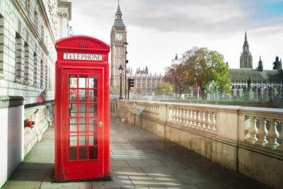 Affisch Big Ben och röd telefon cabine i London