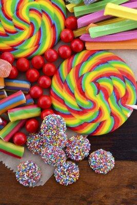 Affisch Blandade godis med brun papperspåse.