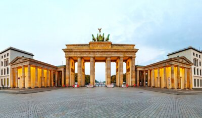 Affisch Brandenburg gate panorama i Berlin, Tyskland