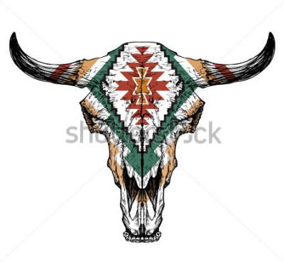 Affisch Bull / auroch skalle med horn på vit bakgrund. med traditionell prydnad på huvudet