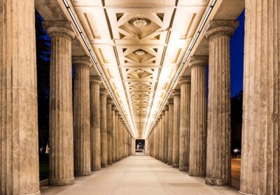 Affisch Colonnade på natten