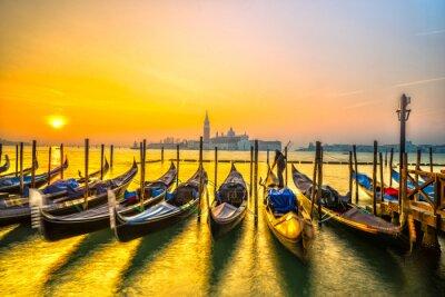Affisch Gondoler i Venedig, Italien