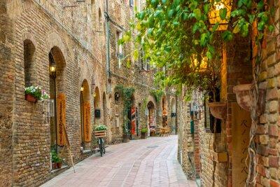 Affisch Gränd i gamla stan San Gimignano Toscana Italien