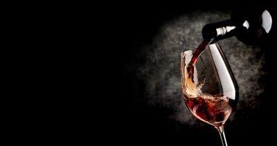 Affisch Hälla vin på svart
