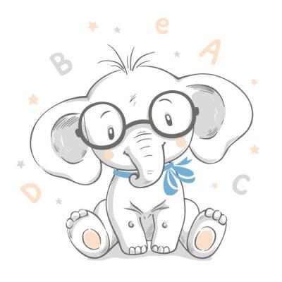 Affisch Handritad vektorillustration av en gullig babyelefant i stora glasögon.
