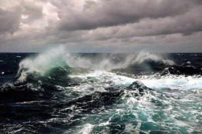 Affisch hav våg i atlanten under storm