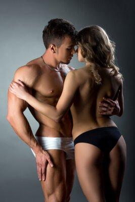 Affisch Heterosexuella par ömt smeka varandra
