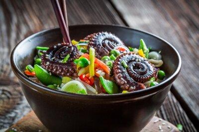 Affisch Kinesiska mix grönsaker med bläckfisk