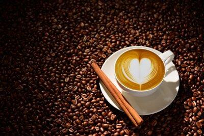 Affisch Kopp latte art, kaffe och kaffebönor