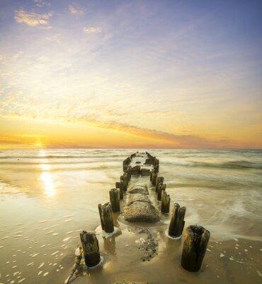 Affisch Krajobraz morski-falochron i zachód słońca