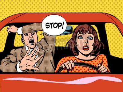 Affisch kvinna förare körskola panik lugn retrostil popkonst. Bil och transport