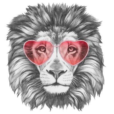 Affisch Lion in Love! Stående av Lion med hjärtformade solglasögon. Handritad illustration.