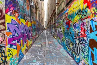 Affisch Melbourne, Australien - 16 mars 2015: Colorful graffiti i smal gränd i centrum.