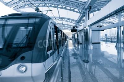 Affisch Modern arkitektur av ljus järnvägsstation i Shanghai.