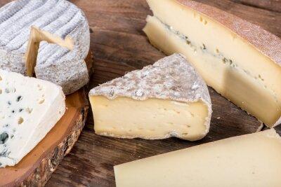 Affisch Olika varianter av franska ostar