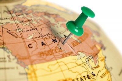 Affisch Plats Kanada. Grön stift på kartan.
