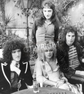 Affisch QUEEN - Storbritannien grupp 1976 från l Brian May, Roger Taylor, John Deacon och Freddie Mercury