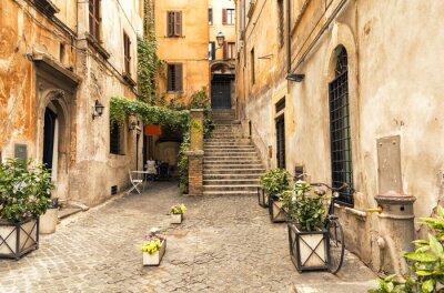 Affisch romantisk gränd i gamla delen av Rom, Italien