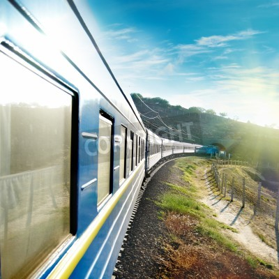 Affisch Rörelse tåg och blå vagn. Urban transport