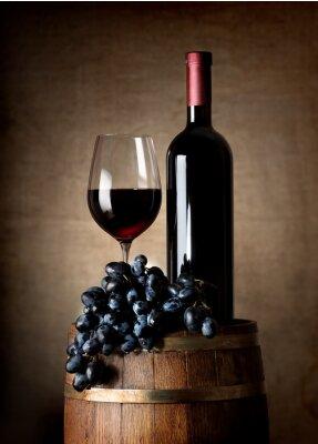 Affisch Rött vin med fat och druvor