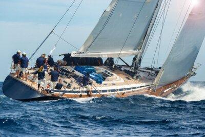 Affisch segla båt seglar i regatta
