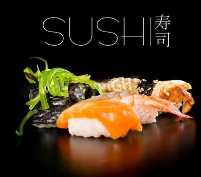 Affisch Sushi set över svart bakgrund