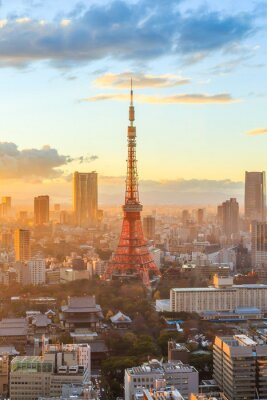 Affisch Tokyo stadens silhuett på solnedgången i Tokyo