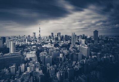 Affisch Tokyo utsikt över staden och Tokyo Tower i mörk ton