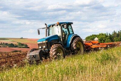 Affisch Traktor på fältet