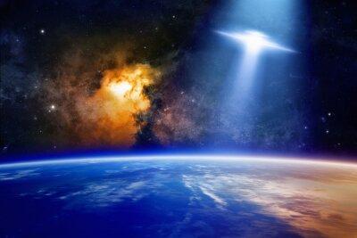 Affisch Ufo närmar Jorden