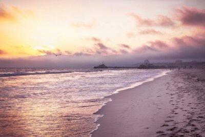 Affisch Vacker strand på solnedgången