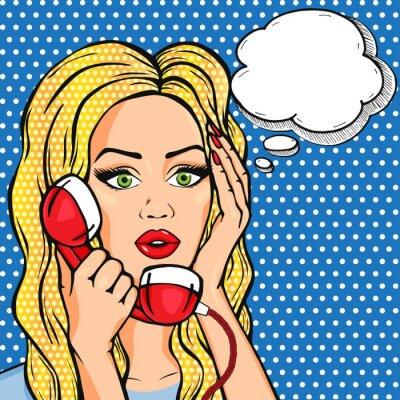 Affisch Vector chockad kvinna på telefon med tanke bubblar, vektor popkonst komiska stil