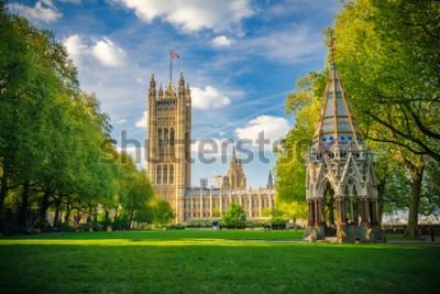 Affisch Westminster Abbey beskådade från Victoria Tower Gardens, London, UK