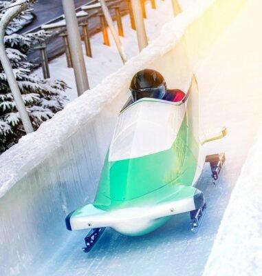 Affisch Winter - Bobschlitten in der Eisbahn