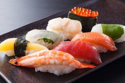 Affisch に ぎ り 寿司 の 盛 合 せ