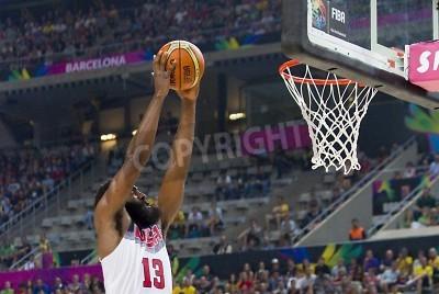 Affisch James Harden av USA i aktion på FIBA VM basket match mellan USA Team och Litauen, slutresultatet 96-68, den 11 september, 2014 i Barcelona, Spanien