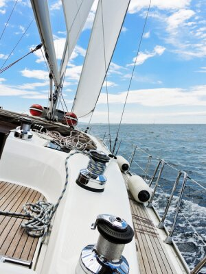 Affisch yacht är kryss i Adriatiska havet