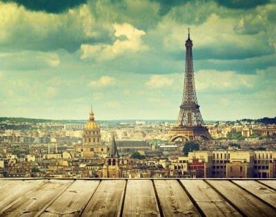 Canvastavlor bakgrund med trädäck bord och Eiffeltornet i Paris
