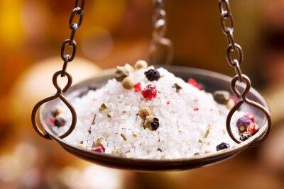 Canvastavlor blandning av salt och peppar i vintage skål vikter