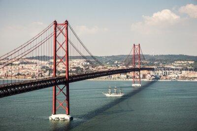 Canvastavlor Brücke Ponte 25 de Abril i Lissabon