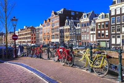 Canvastavlor charmiga Amsterdam. kanaler och cyklar