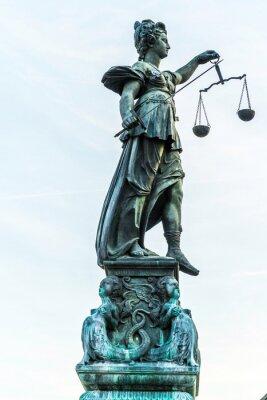 Canvastavlor dam rättvisa i Frankfurt