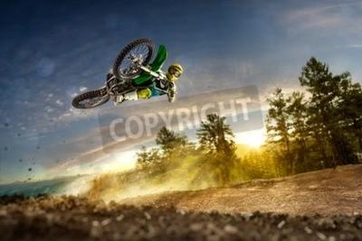 Canvastavlor Dirt bike ryttare flyger högt i kväll