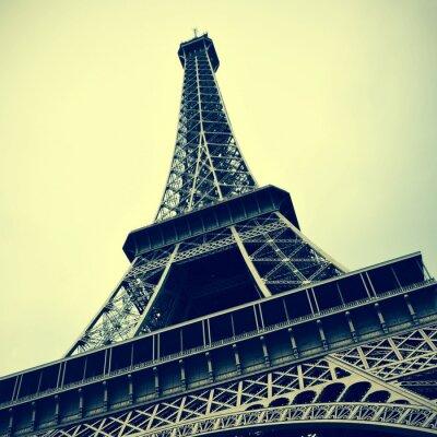 Canvastavlor Eiffeltornet i Paris, Frankrike med en retro effekt