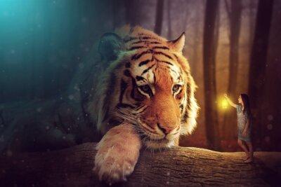 Canvastavlor En fantasivärld - en kvinna och en gigantisk tiger