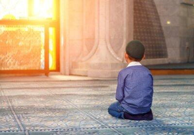 Canvastavlor en liten pojke i moskén